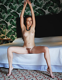 Sofi Shane nude in erotic..