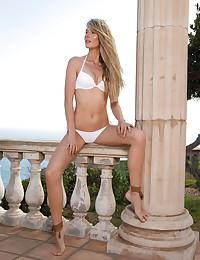 Jennifer Enjoy nude in..