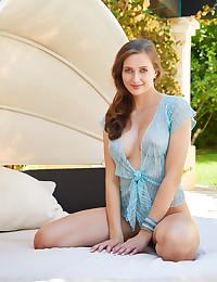 Stacy Cruz nude in erotic..
