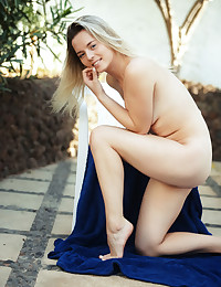 Jillean nude in erotic MY..