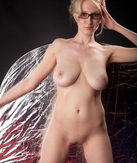 nude blonde female teachers