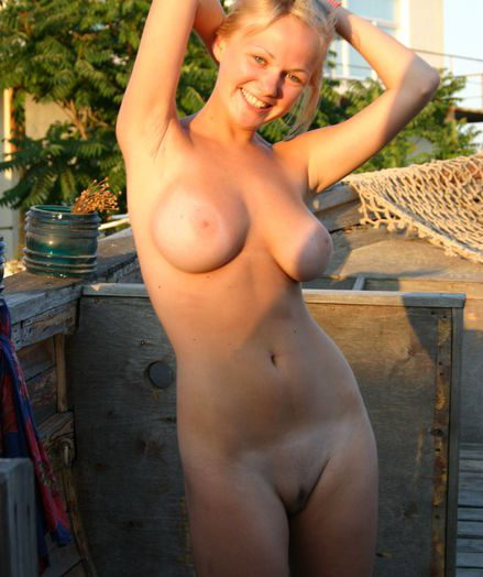 Sexy Black Naked Big Booty Hoes