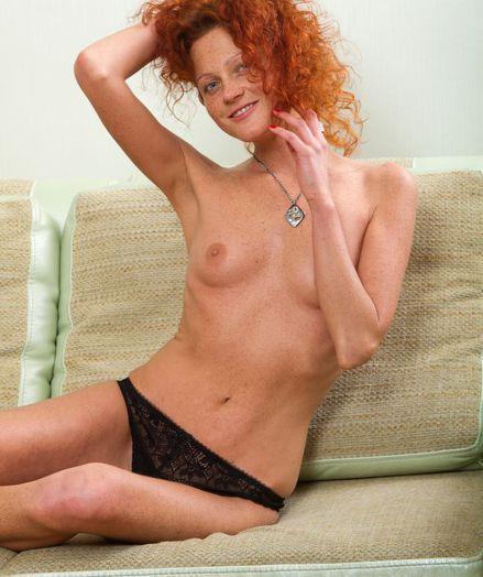 Amateur wife 10 inches